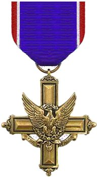 Army_distinguished_service_cross_medal Ray Dickop South Beloit